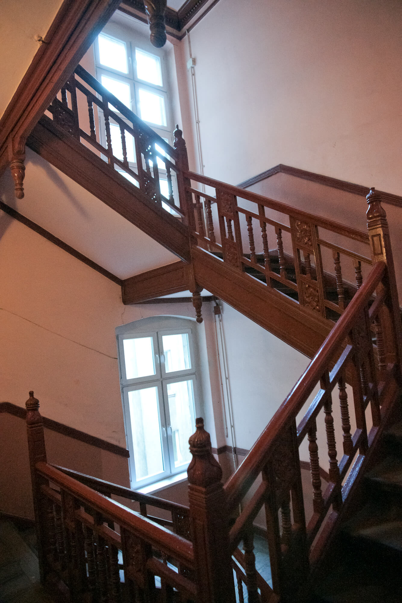 6. Staircase 2